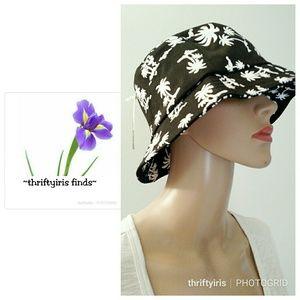 Fun NWT Coconut Bucket Summer Hat